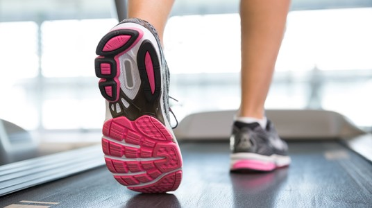 Cross Training Shoes vs Running Shoes: What's The Difference?
