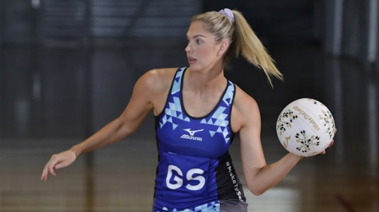 Netball Nutrition: What To Eat Before, During and After A Game